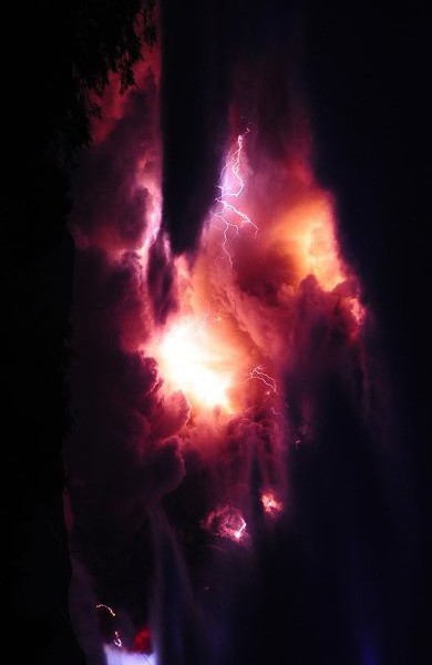 The Puyehue-Cordon Caulle volcanic chain - Yahoo pictures